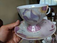 Tea set in very good condition only 5 pounds