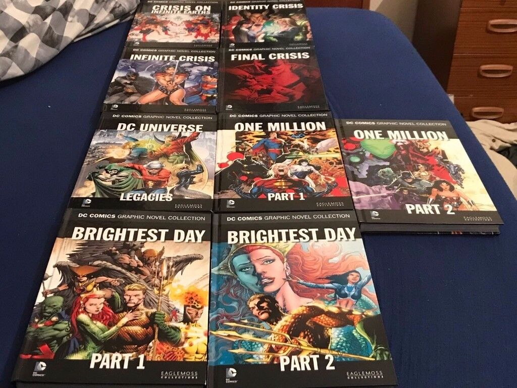 Collection of DC graphic novels 56 normal and 9 special editions excellent condition