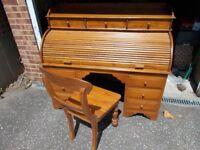 Large wooden roll top bureau desk & chair