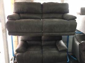 NEW / EX DISPLAY LazyBoy Grey 3 + 2 Recliner Sofas