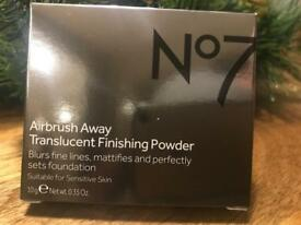 No7 Airbrush Away Translucent Finishing Powder