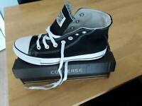 Converse size 6 brand new