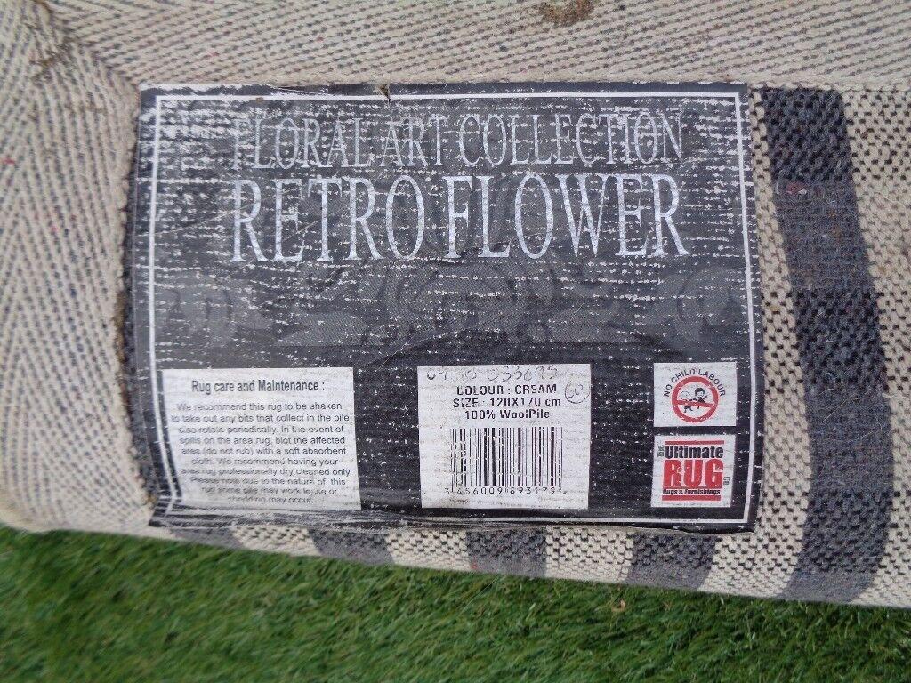 Ultimate Rug Co Fl Art Retro Flower Cream Contemporary 100 Wool In Long Eaton Nottinghamshire Gumtree