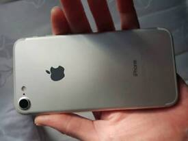 IPhone 7 32gb on 02