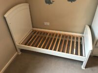 Mamas and Papas Summerhouse cot and bed