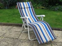 RECLINING GARDEN CHAIR, VERY GOOD CONDITION, THREE POSITIONS, PADDED CUSHION