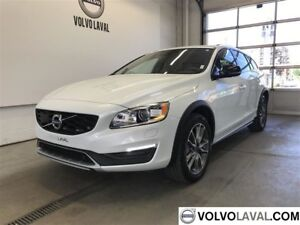 2017 Volvo V60 Cross Country T5 AWD Premier FINANCEMENT 0%*CAMER