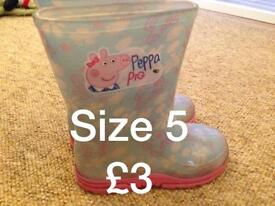 Girls shoes/t shirts various sizes