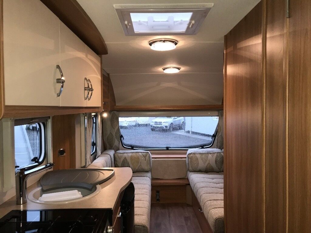 2016 Swift Freedom 6 Berth - As New. Fixed Rear Bunks, Sep Shower. Free Air Awning & Starter Pack!