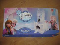 DISNEY FROZEN ICE PALACE build in cardboard with characters - BRAND NEW! INSTRUCTIONS & SET OF GAMES