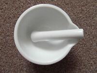 Porcelain Pestle and Mortar 12 cm