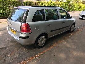 Vauxhall zafira long mot