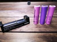 3 x Samsung 18650 Batteries & Charger