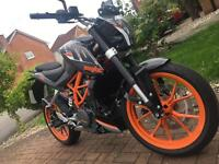 KTM Duke 390 *ONLY 84 MILES ON THIS BIKE*
