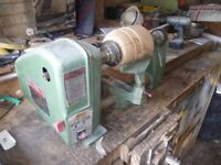 Multico woodturning lathe. A good basic lathe in sound working condition. 5 speed.