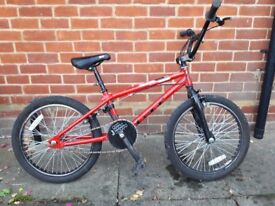 BMX GT Zone - used but in good working order. Suitable for a teenager.