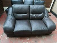 2 sofas for sale Free delivery local