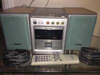 Aiwa micro Hifi - AM/FM radio and CD player