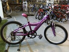 GIRLS GIANT TAFFY BIKE 20 INCH WHEELS ALUMINIUM FRAME 5 SPEED FRONT SUSPENSION PURPLE GOOD CONDITION