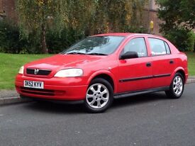 * Bargain * Vauxhall Astra Club 16v 1.6 Petrol Manual 5dr Hatchback - 62,000 LOW MILEAGE