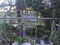 Green house alloy 123x77