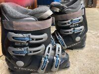 blue and black ski boots - size 4.5/5 TECNO PRO