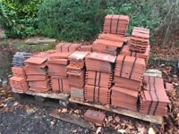 APPROX 1000 ROSEMARY ROOF TILES