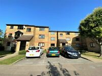 Recently Fully Renovated Ground Floor Flat with Communal Garden and Parking --No DSS please
