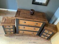Chest plus 2 side cabinets