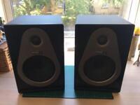 Pair of Samson Resolv A6 active studio monitors