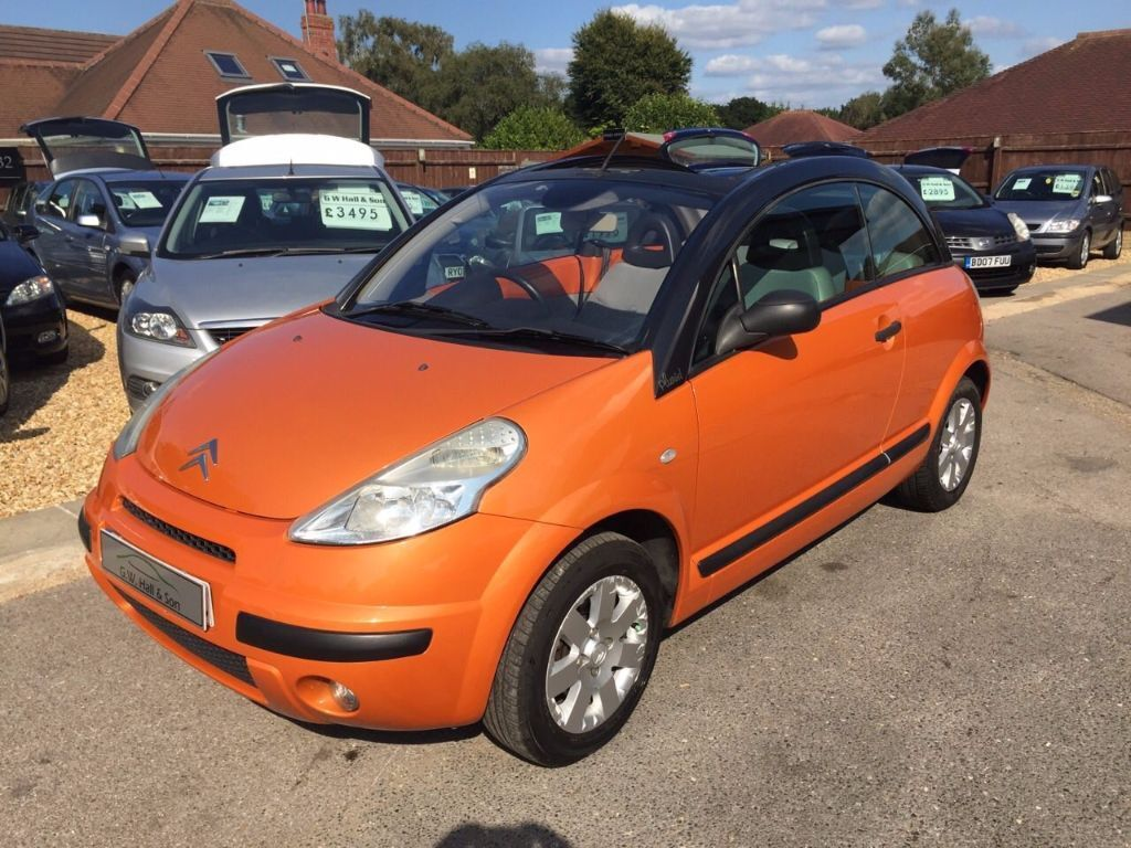 2003 03 citroen c3 1 6 16v pluriel sensondrive 2 door stunning orange low mileage looks drives. Black Bedroom Furniture Sets. Home Design Ideas