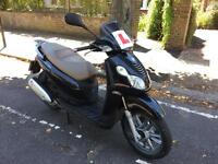 Piaggio carnaby 125cc black 2009 not vespa Beverly