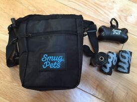 BRAND NEW SMUG PETS DOG ACCESSORIES TREAT BAG with POOP BAG DISPENSER AND 3 ROLLS OF BAGS