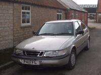 Saab 900XS Auto; MOT to January 2017: Towbar; Family owned car