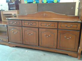 4 door modern sideboard (delivery available)