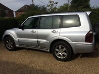 Mitsubishi Shogun, 3.2tdi, silver, good condition, 7 seats, tow bar, 2 new tyres, very reliable