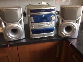 Hi- Fi- Goodmans 3 disc, Radio, Twin Tape Deck and Twin Speakers