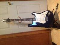 Silvertone guitar model: ss 11/cbl with amp!