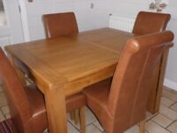 Oak Extending Dining Room Table & Four Leather Chairs