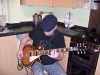 Old git guitar player