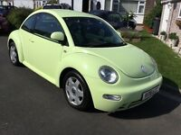 Volkswagen Beetle 2.0 3 door hatch 2000 mot September 25 service history