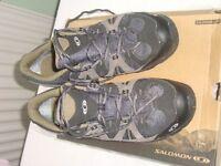 Mens walking shoes - Salomon Exode Low GTX – Size 11 (46)