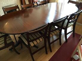 8 seater reproduction mahogany extendable dining table