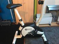 Exercise cycling machine