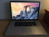 """Mid 2009 MacBook Pro 17"""" Laptop in very good condition"""