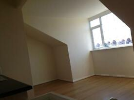 * 1 BEDROOM STUDIO FLAT * SIMPSON GROVE * ARMLEY * SHARED RATE DSS ACCEPTED *