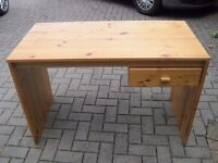 Student desk, pine, with one drawer