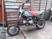 Small 110cc pit bike