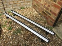THULE ROOF BAR AND FOOTPACK - KIT 3039 FOR BMW COUPE, MAZDA ETC