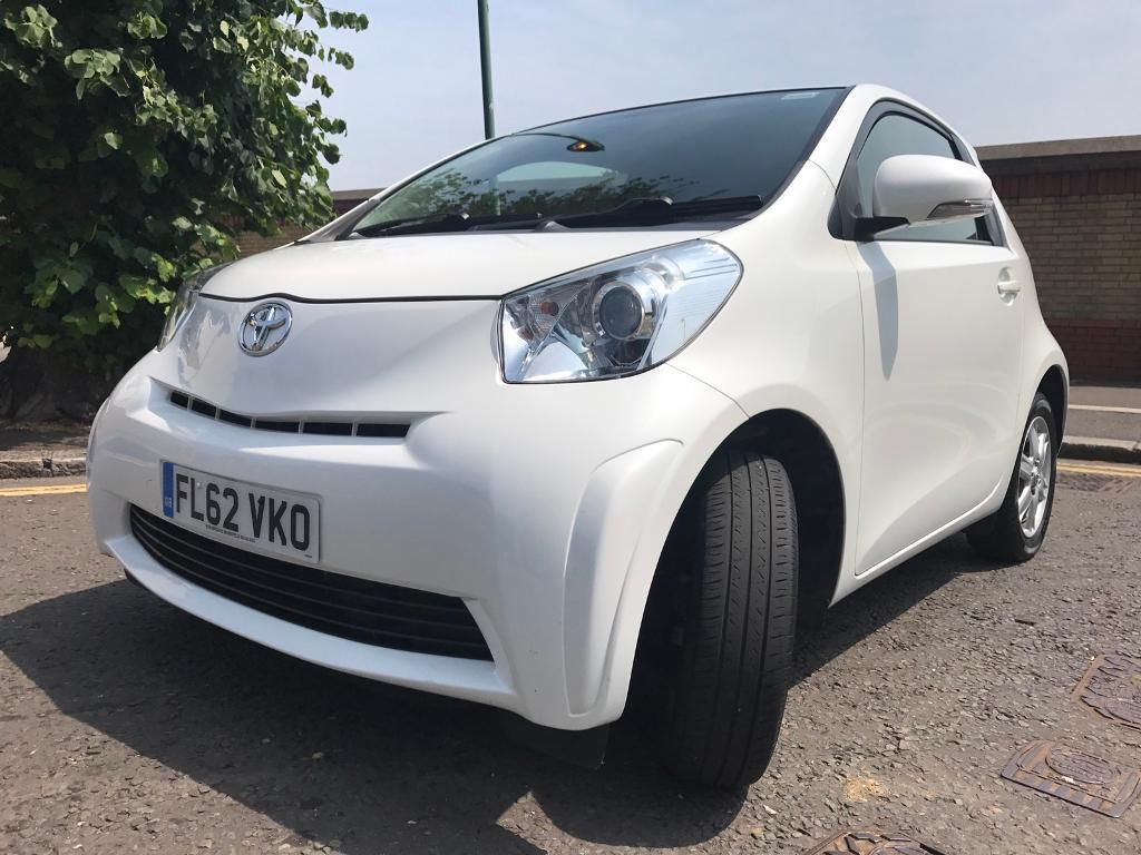 toyota iq automatic new shape 1 litre still under toyota warranty in leytonstone london gumtree. Black Bedroom Furniture Sets. Home Design Ideas